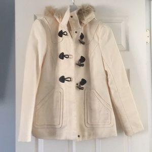Gorgeous cream coat with detachable faux fur hood